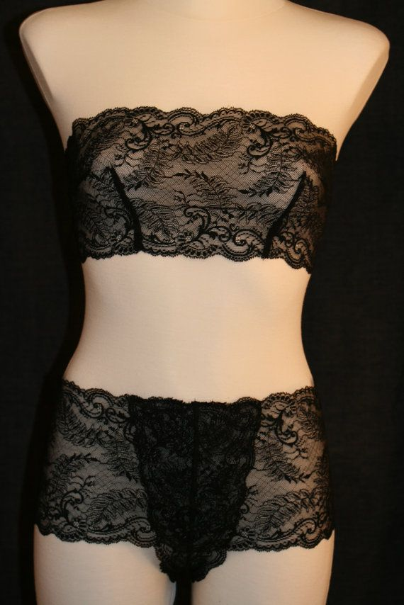 romantic Lingerie. Sheer French lace in black Paisley - Bustier & Slip - Dessous Set by Fransik