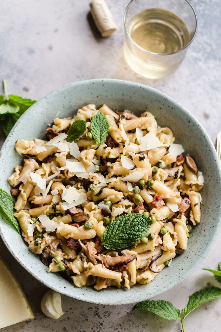 Weeknight Pasta with Pancetta, Peas, and Mint Campanelle with pancetta, peas, and mint! So flavorful and simply to make!