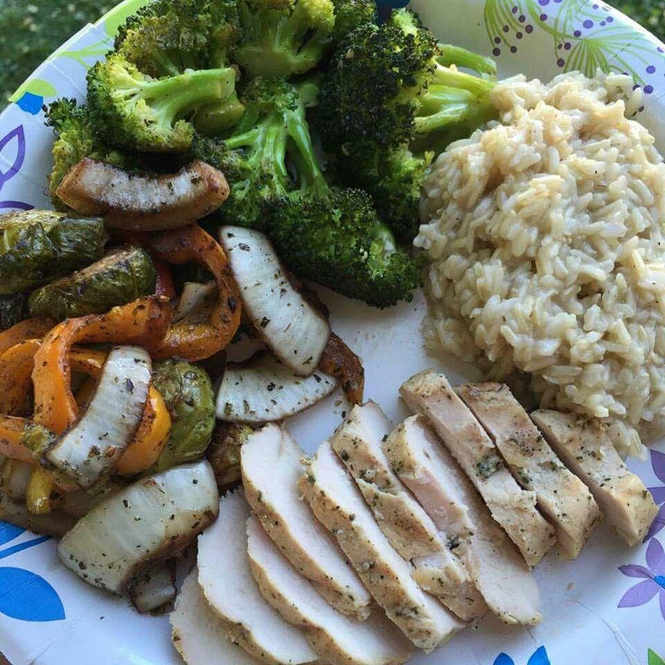 Arroz Y Pollo Con Verduras Al Horno Recetas De Comida Saludable Alimentos Saludables Comida
