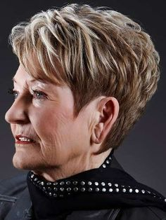 Short Hairstyles For Over 60 Year Old Woman Hair