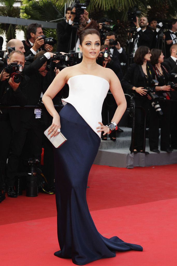 Aishwarya Rai Evening Dress. Aishwarya Rai s Most Magnificent Cannes  Moments Aishwarya Rai Bachchan 530ff934d