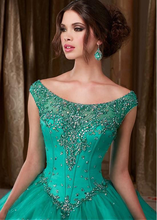 Buy discount Romantic Tulle Bateau Neckline Ball Gown Quinceanera Dresses With Beaded Embroidery at Dressilyme.com