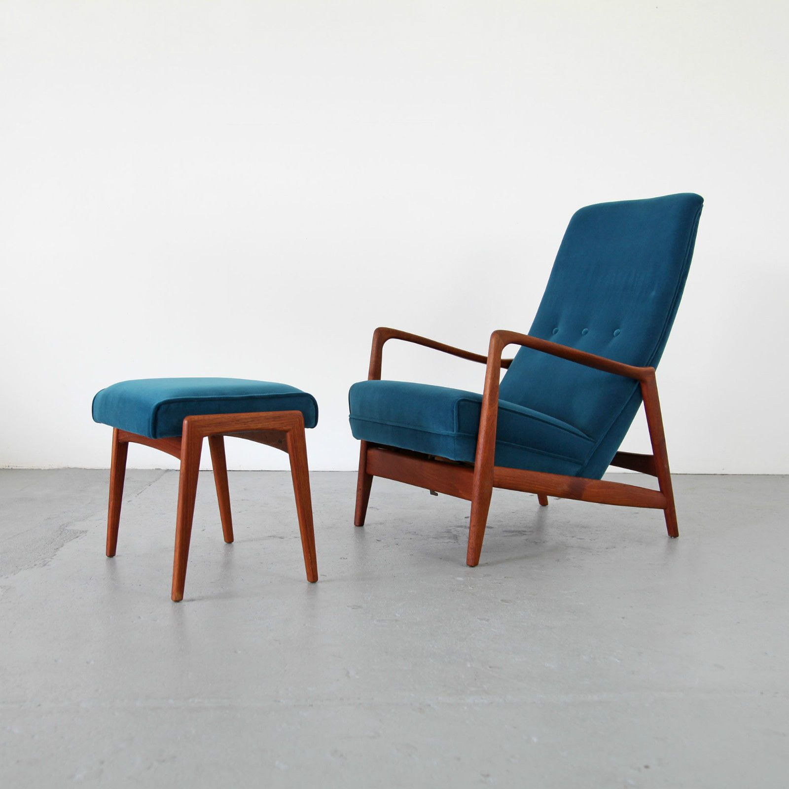 Mid Century Lounge Chair & Ottoman by Gio Ponti Cassina 60s