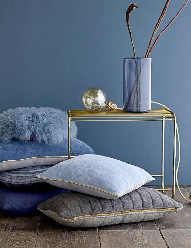Blau U0026 Gold Harmonieren. #KOLORAT #Wandfarbe #Blau