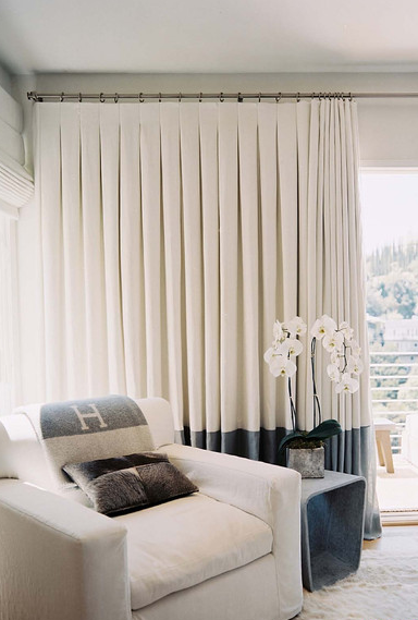 Great Example Of Inverted Pleat Curtains With A Large Band At Base Http Www Bqdesign Com Au