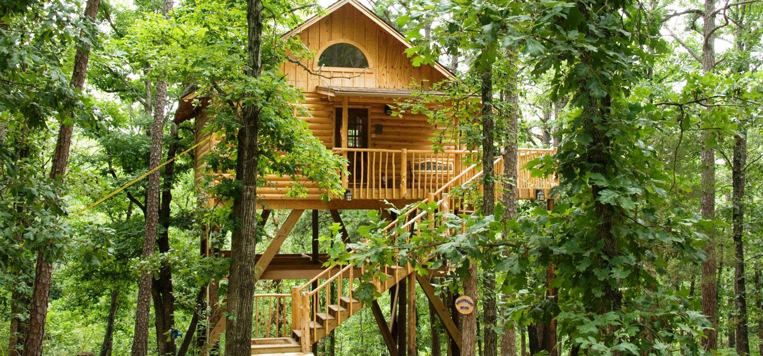 Lofty Lookout Treehouse Tree Houses In Arkansas Treehouse Cottages Tree House Treehouse Hotel