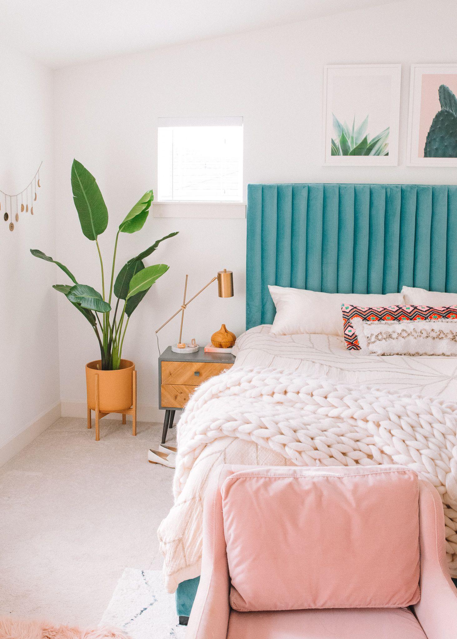 Modern Bohemian Bedroom Update | Gypsy Tan