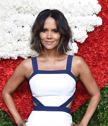 My New Hairdo Goal Thank You Halle For The Inspiration Halle Berry Texturizer On Natural Hair Halle