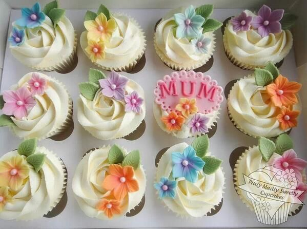 Twitter Mothers Day Cupcakes Mothers Day Cake Mothers Day Cakes Designs