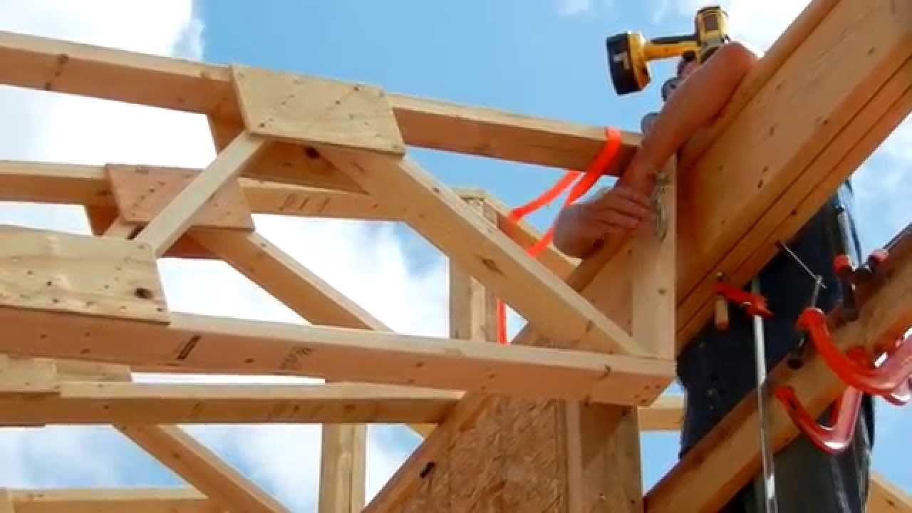 One Man Roof Truss Raising Dachstuhl Design Dachbalken Rahmenbau