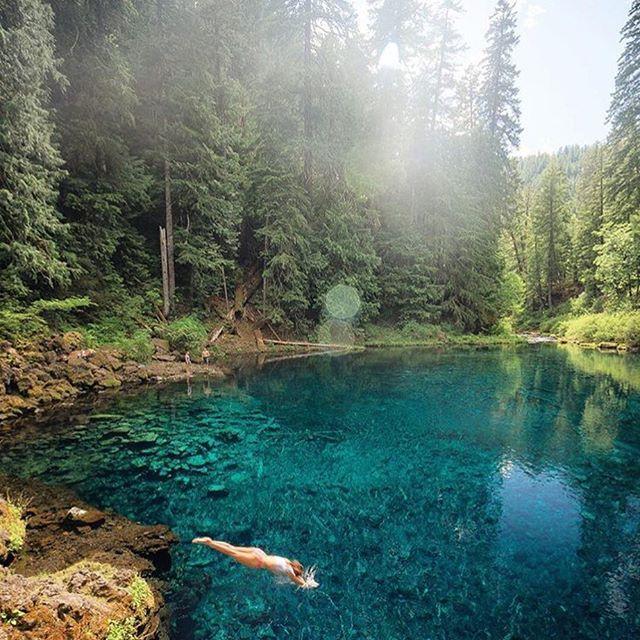 Tamolitch Blue Pool, Oregon Photo by @everchanginghorizon with