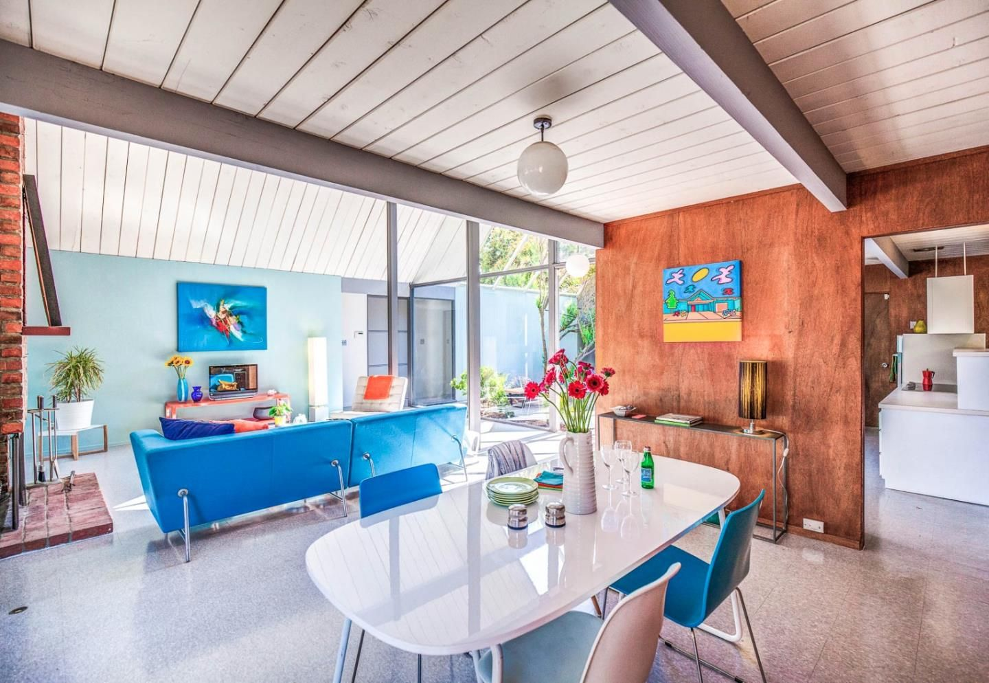 Rare eichler with double a frame atrium wants 1 8m curbedclockmenumore arrow the sunnyvale home is a showstopper