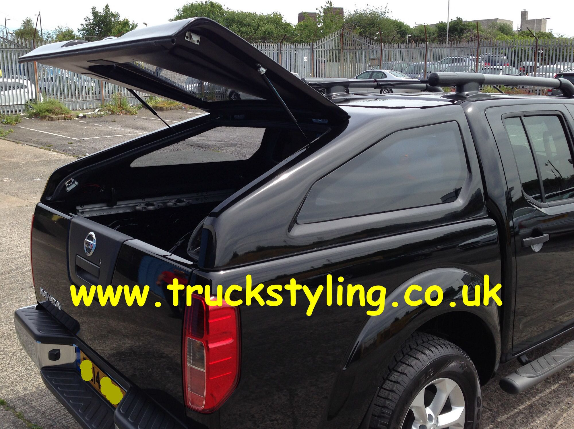 nissan navara d40 sloping hard top canopy painted gno. Black Bedroom Furniture Sets. Home Design Ideas