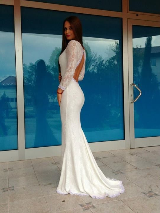 This dress is amazing...
