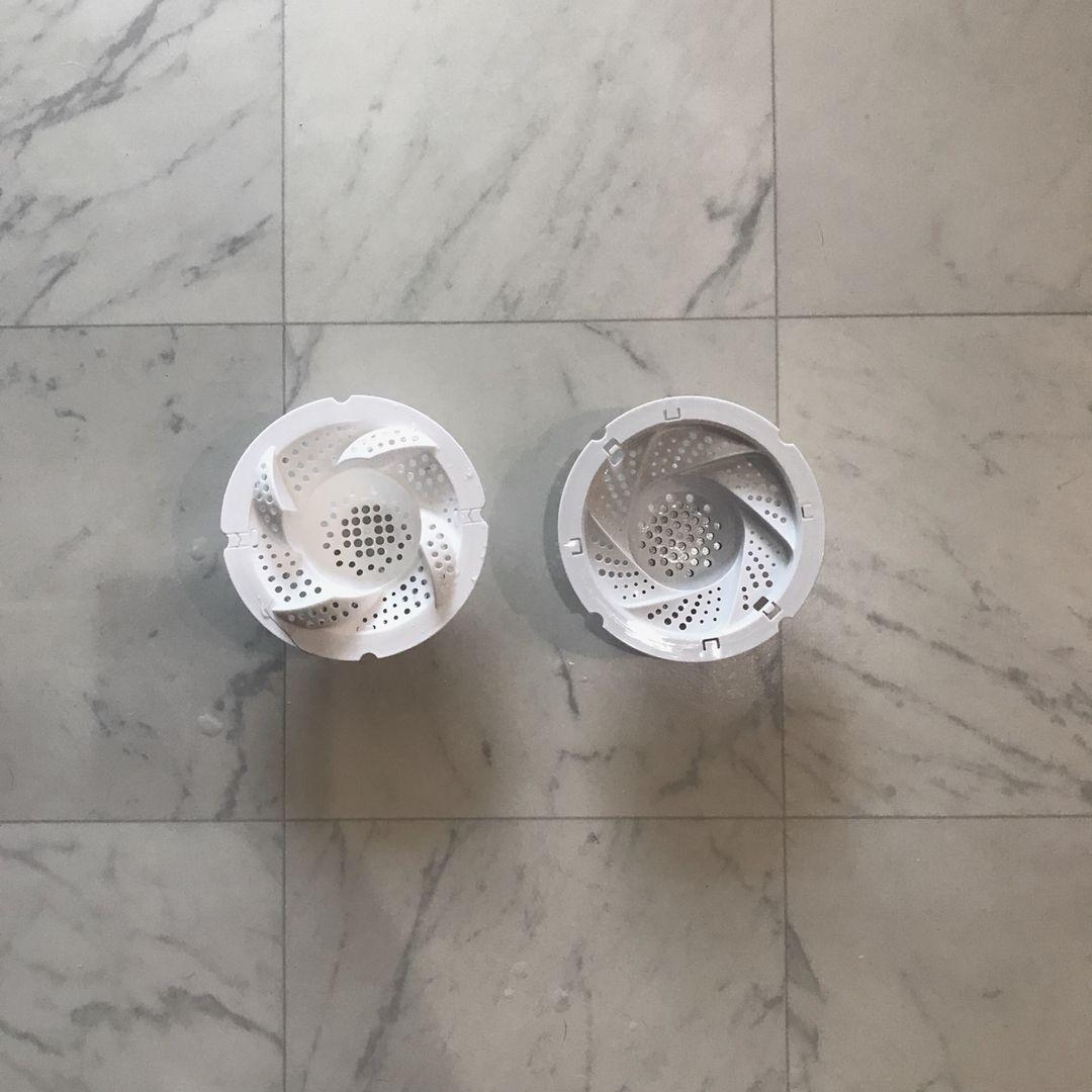 Monobuhi On Instagram クルッとキャッチ買換え お風呂などの排水溝のカバーを外して使うもので 髪の毛を水圧でクルッとまとめてくれます ひくっ繰り返してポンっと捨てるだけのストレスレスアイテム Daisoのを使って大満足してたんですが M V3v K 0625