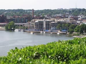 10 Fun Things to Do in Georgetown: Explore the Georgetown Waterfront
