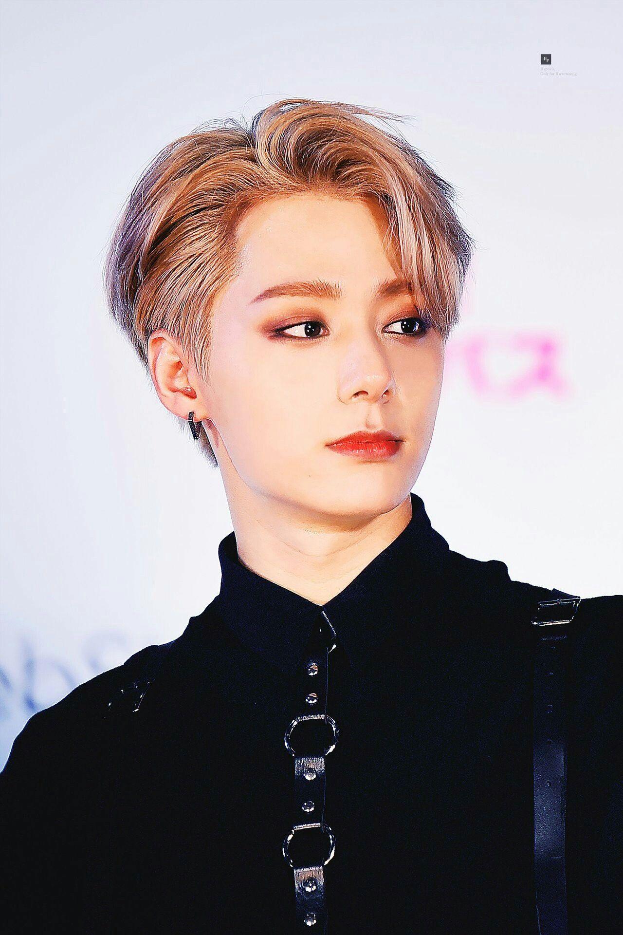 Pin By Bbhsun On Kpop Korean Men Hairstyle Boy Bands Kpop Idol