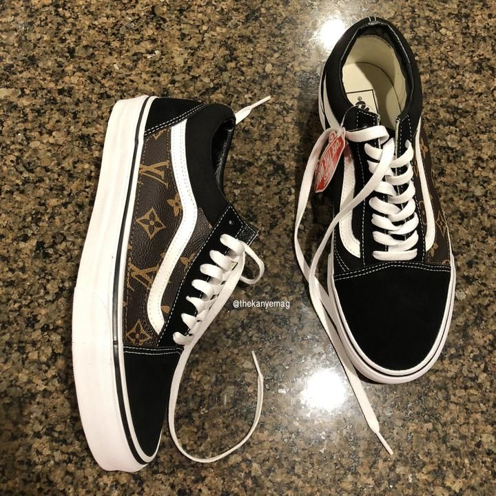 LV VANS OLD SKOOL LEATHER CUSTOM | Vans old skool, Leather