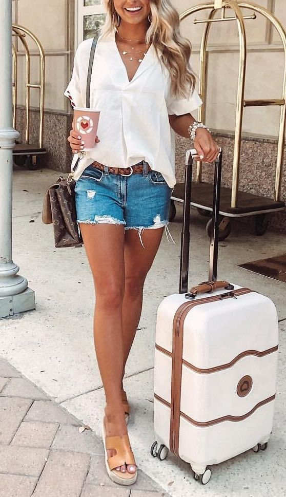 travel wardrobe summer #vacationoutfits Italy travel outfit summer, travel wardrobe summer, casual vacation outfits summer, #travelwardrobesummer