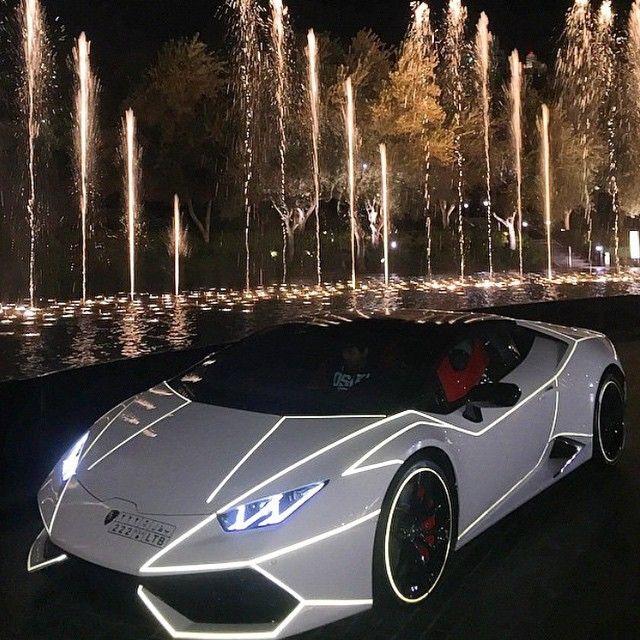 Tron #Lamborghini Huracan