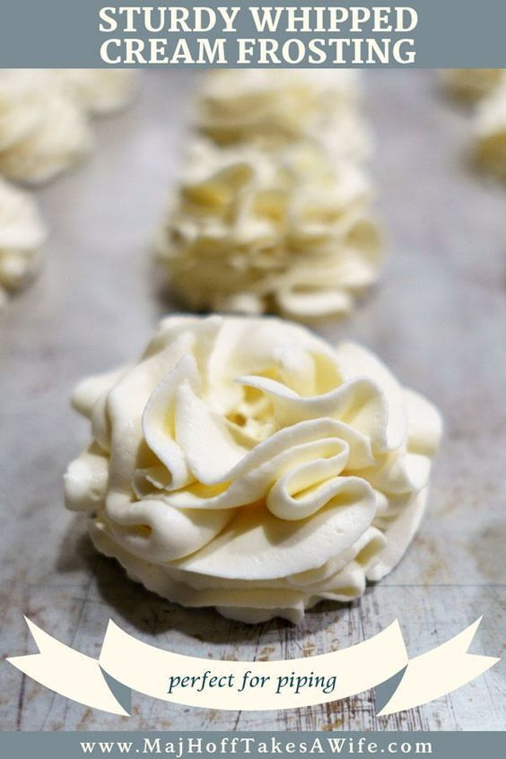 Sturdy Whipped Cream Frosting #stabilizedwhippedcream