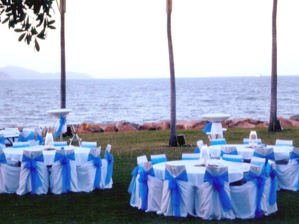 Wedding Works Townsville North Queensland Galleries Weddings The Headland Picnic Bay Surf Lifesaving C Wedding How To Memorize Things Favorite Places