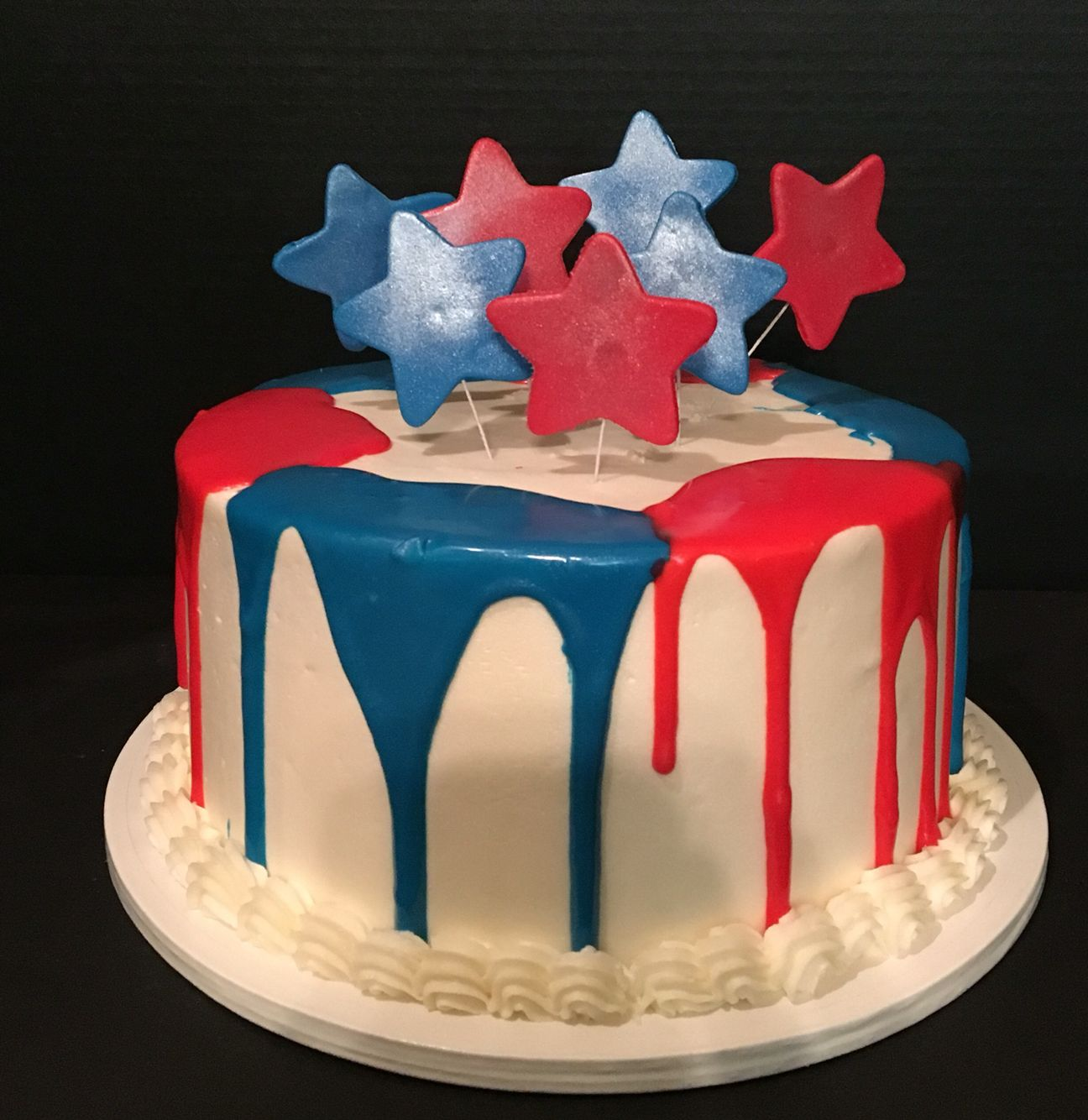 Red White And Blue Drip Cake Blue Birthday Cakes Blue Drip
