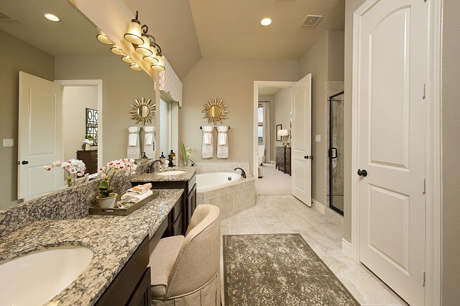 New ventana lakes model home 3 257 sq ft master for Model bathrooms pictures