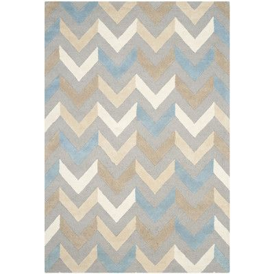 "Varick Gallery Martins Grey / Ivory Chevron Indoor / Outdoor Area Rug Rug Size: 2'6"" x 4'"