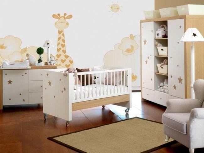 Babyzimmer weiß beige  beige giraffe sterne wohnideen babyzimmer neutrale designs | Baby ...