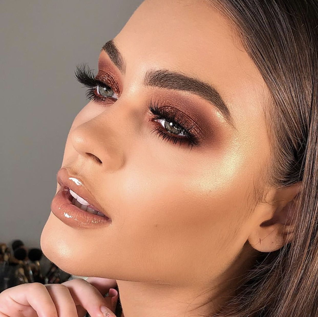 Fashion week Trend beauty brown shadow for woman
