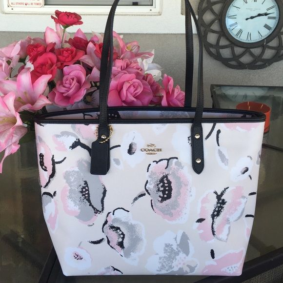 e64d9febf708 ... free shipping nwt coach wildflower city zip tote brand new with tags  this is the newest
