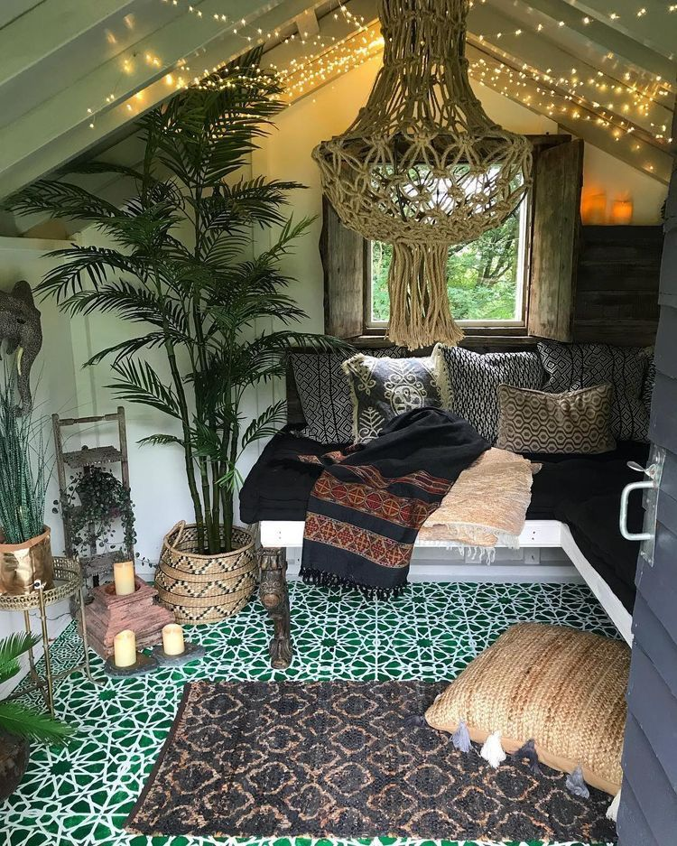 Pin by Jaedyn on Homey | Chill room, Shed interior ...