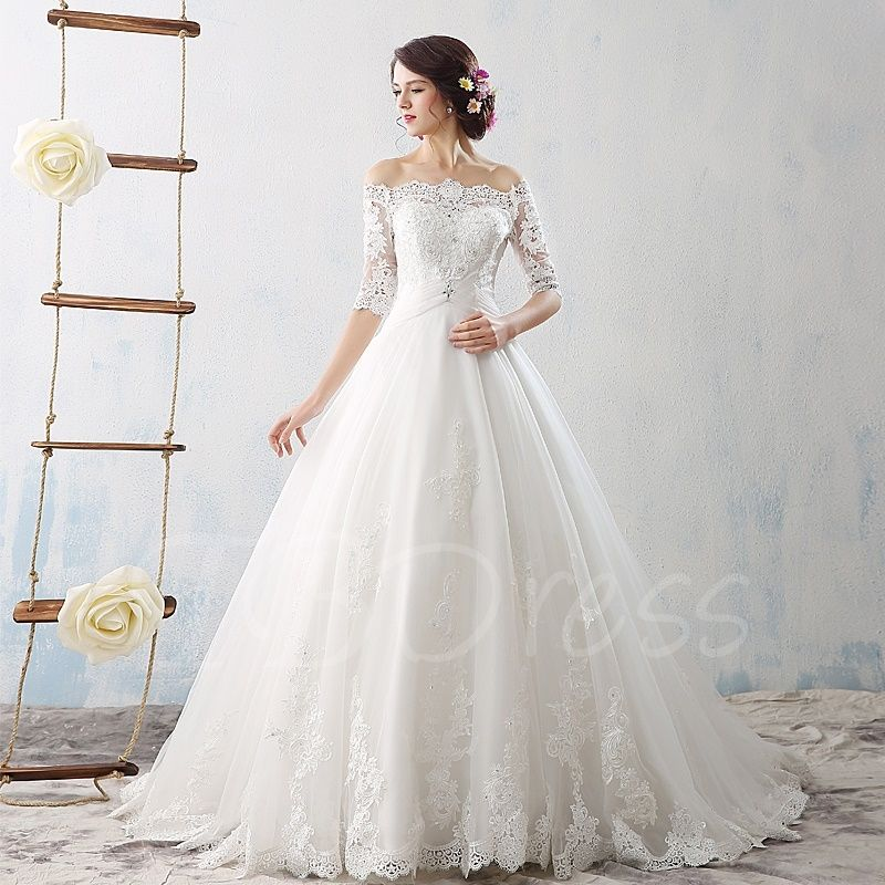 Court train offtheshoulder half sleeves lace tulle