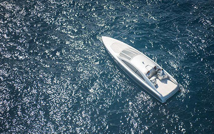 Silberpfeil der Meere: Arrow 460–Granturismo