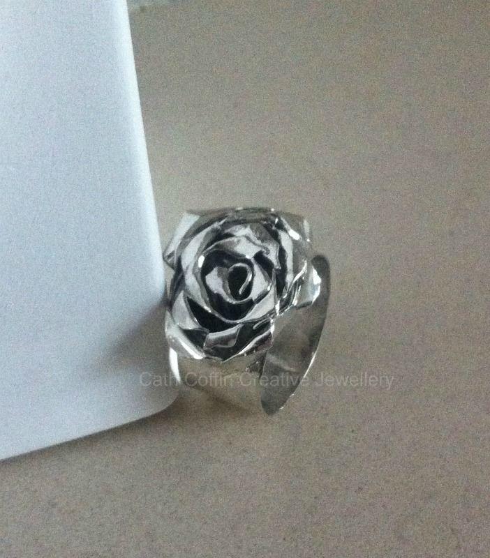 """""""Chrysanthemum"""" silver ring"""