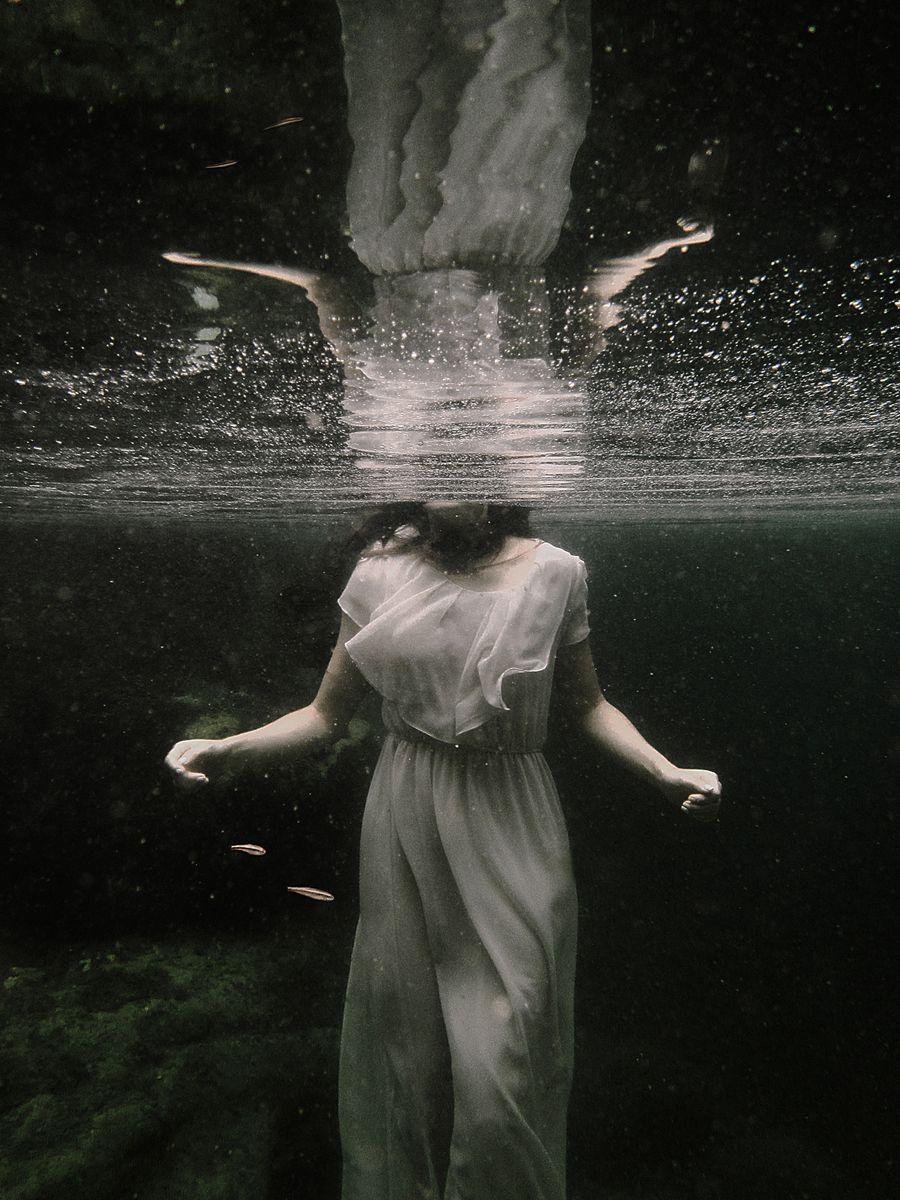 Photographer/Concept/Retoucher: Eva