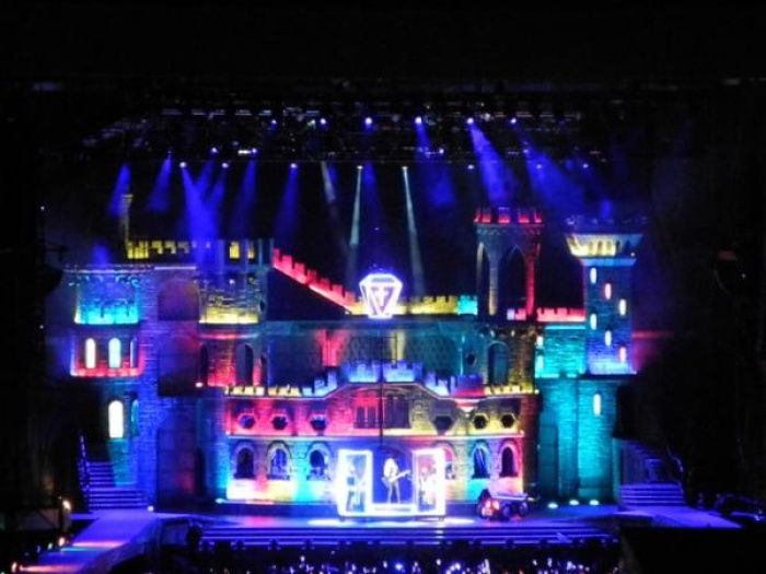 Lady Gaga's incredible 'Born This Way Ball' stage -- want to go to there.