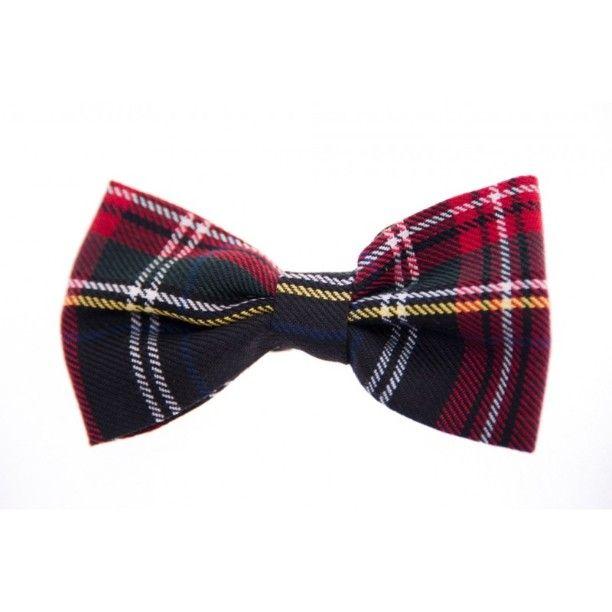 Scopri subito la nuova collezione! --- Papillon realizzati a mano con tessuti di alta qualità --- 100% MADE IN ITALY Disponibili nel nostro Shop: http://voilamaison.it/index.php?id_category=27&controller=category - SPEDIZIONE GRATUITA - #papillon #shooting #fallwinter20152016 #bowtie #voilà #picoftheday #firstpost #photooftheday #elegance #outfit #dandy #modaitaliana #madeinitaly #napoli #campania #powergirls #instafashion #natale2015 #moda #tartan #check #burberry #britishstyle #dandy…