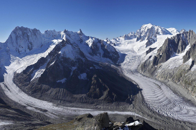 The Glacier At Mer De Glace On The Mont Blanc Alpinisme Alpes Suisses Alpes