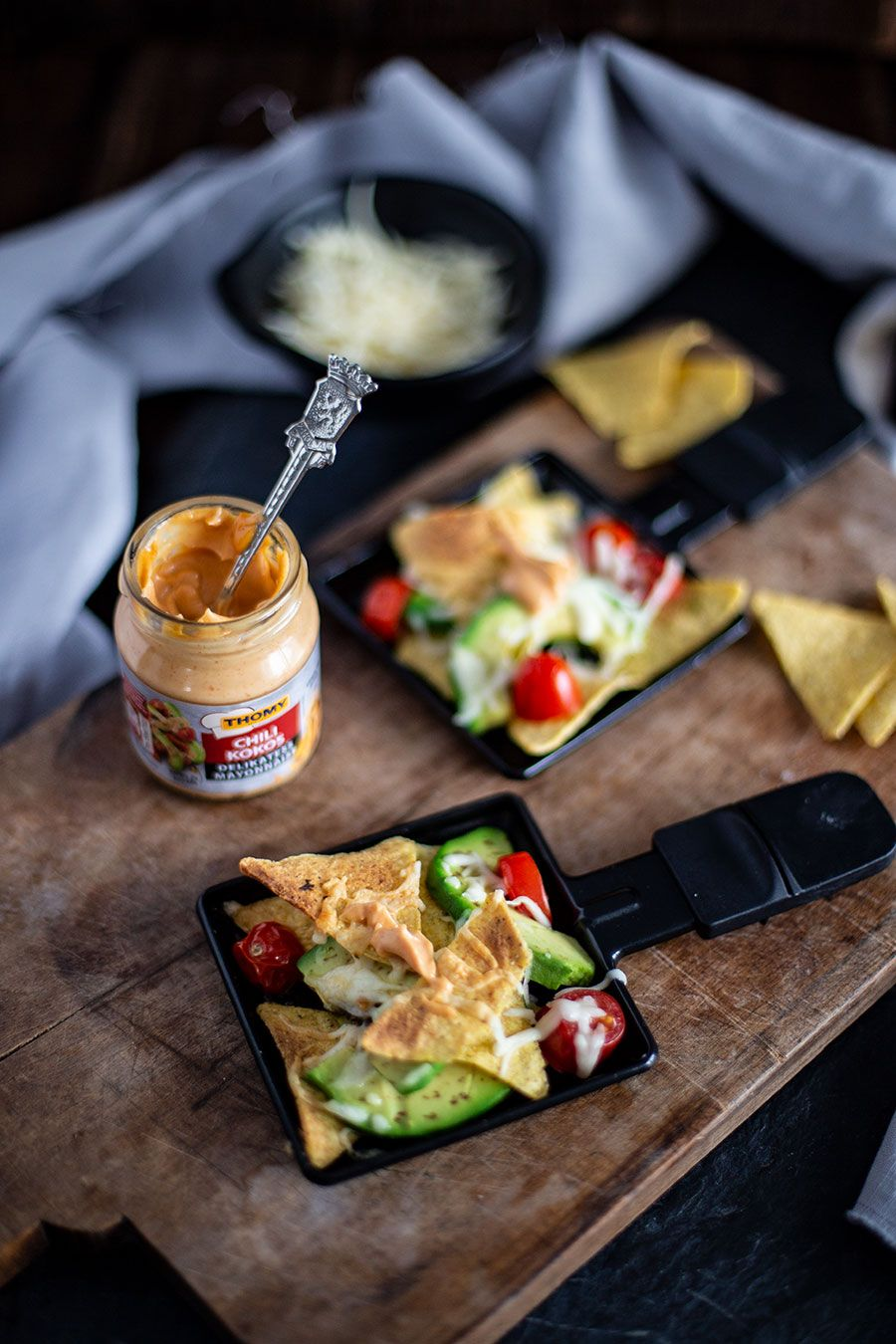 Einfache Raclette Ideen / Rezepte für Silvester - Pizza, Nachos & Chorizo Pfanne