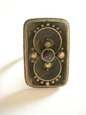 Wundervoller+sehr+seltener+Alter+verzierter+Ring+Silber+mit+Granat