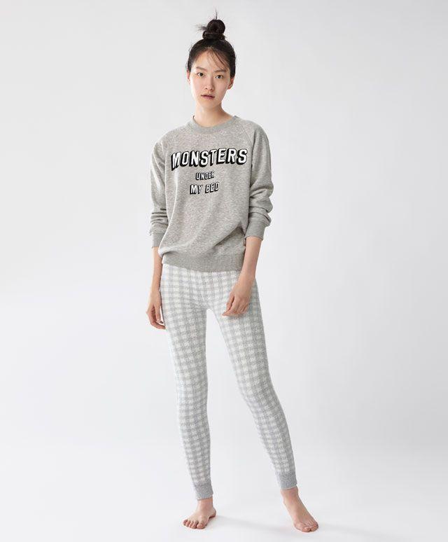 50d63da9839 Pantalon gris carreaux - Imprimé - Dernières tendances Automne Hiver 2016  en mode femme chez OYSHO