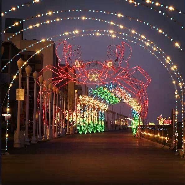 Christmas Lights At The Beach. Drive On The Boardwalk To