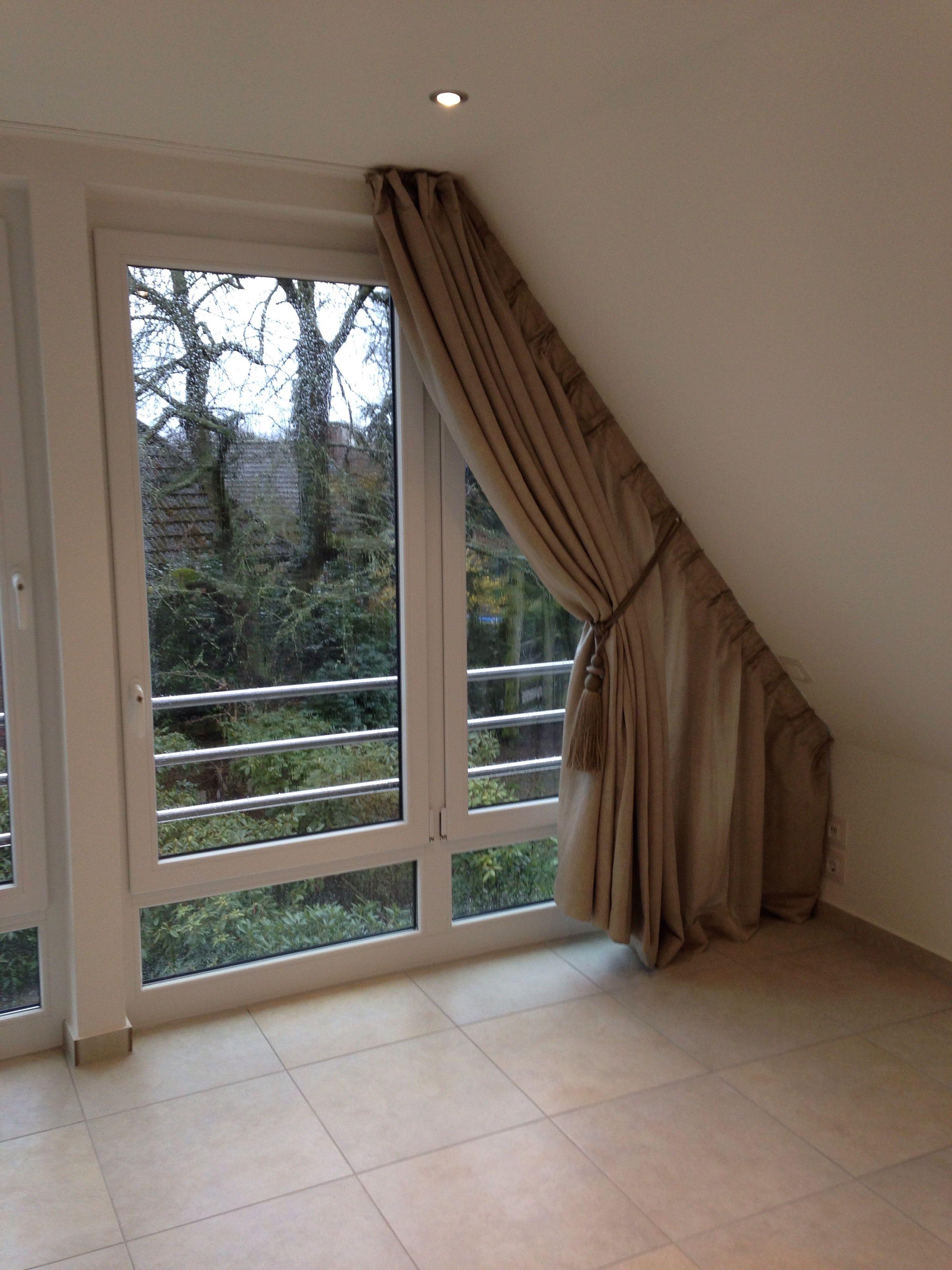 wir bekommen auch an ihre dachschr ge einen vorhang dran wohnungsideen pinterest. Black Bedroom Furniture Sets. Home Design Ideas