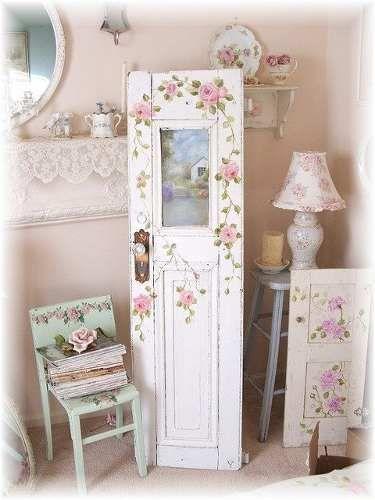 Shabby Deko, Vintage Deko, Wohnzimmer Weiß, Zauberhaft, Bemalte Möbel, Alte  Türen, Fenster Und Türen, Dekoration, Einrichten Und Wohnen