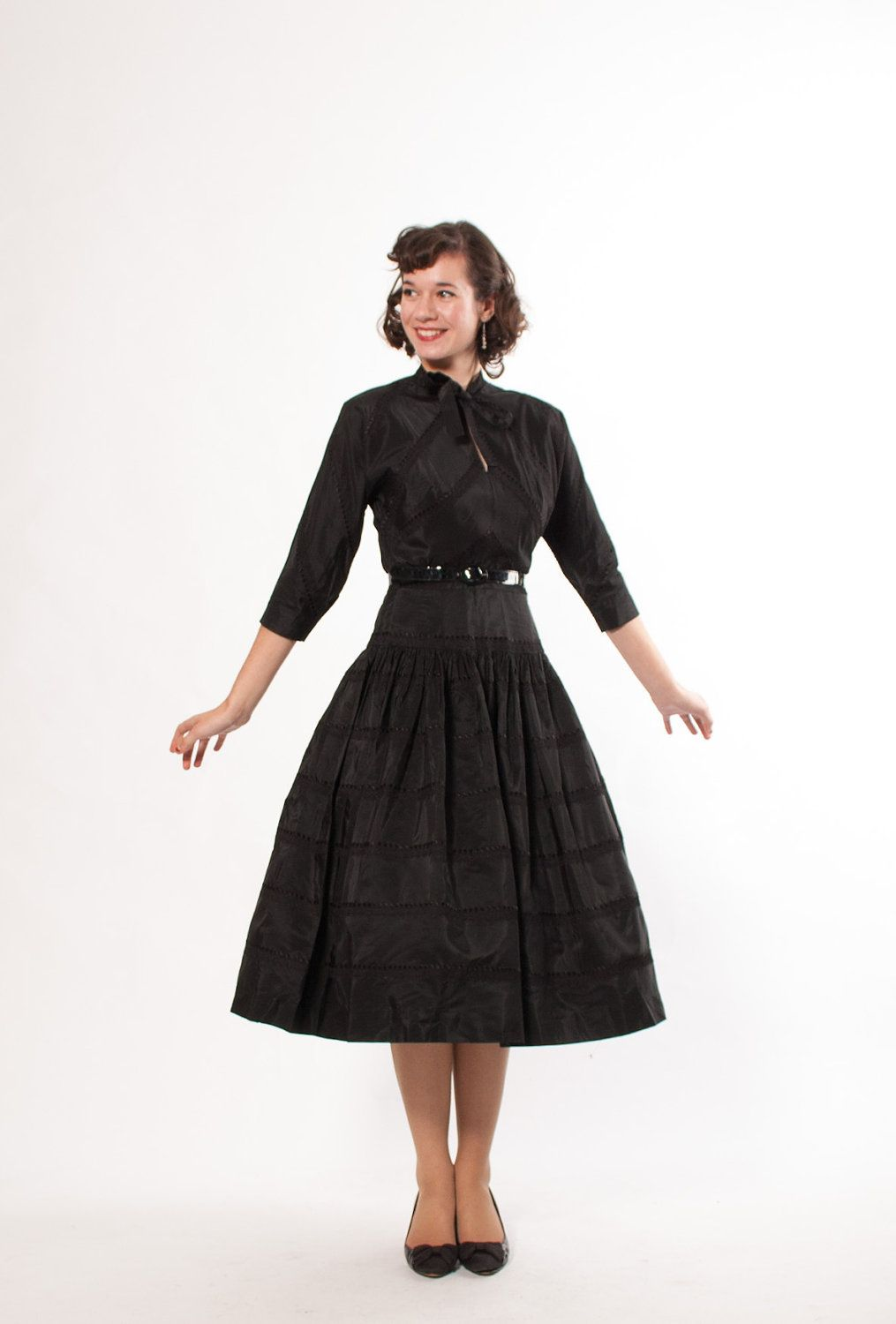 50s styles are great for the hourglass check out this embroidered 50s styles are great for the hourglass check out this embroidered black taffeta dress floridaeventfo Image collections