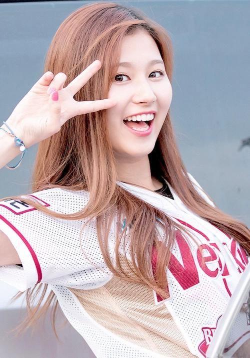 Sana Japanese Kpop Idols