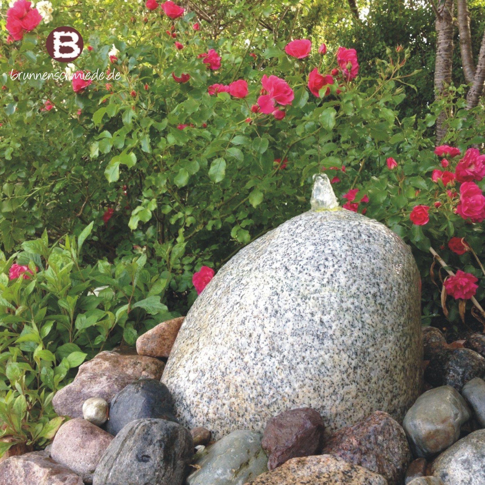 Wasserspiel  Brunnen  Naturstein  Quellstein  Granit  Wasser im Garten BRUNNENSCHMIEDEDE