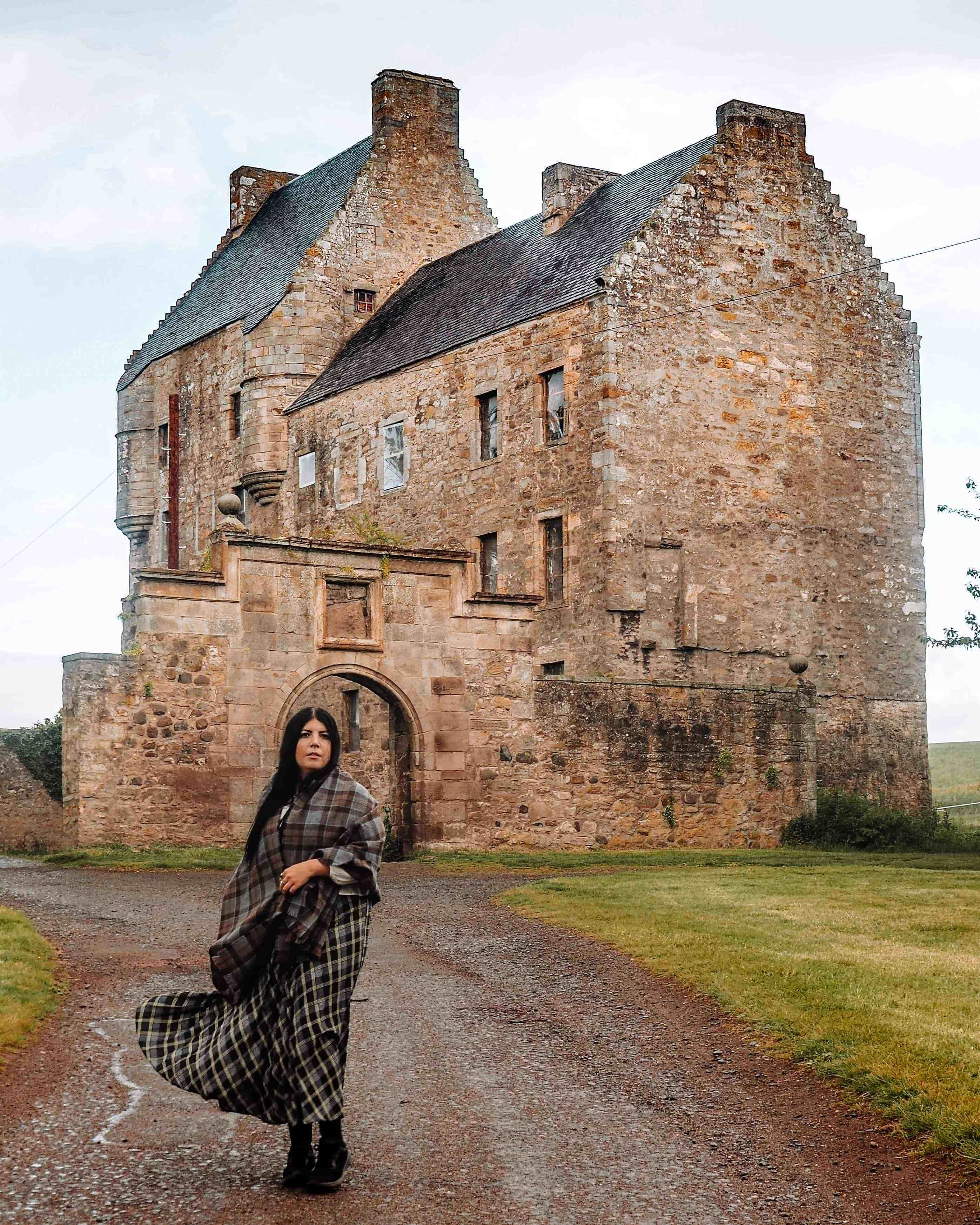HOW TO VISIT LALLYBROCH FROM OUTLANDER